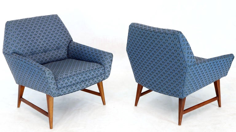 Pair of Compact Lounge Chairs on Tapered legs. For Sale 6