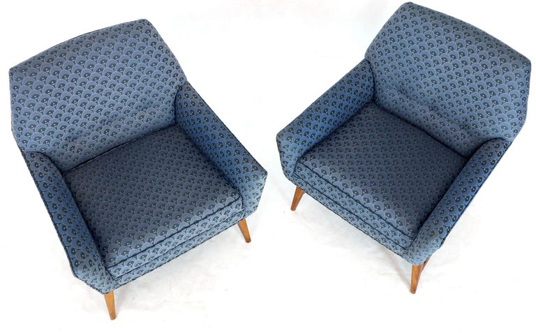 Unknown Pair of Compact Lounge Chairs on Tapered legs. For Sale