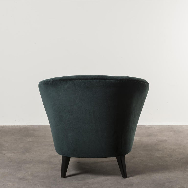 Mid-20th Century Pair of Concha Armchairs by Joaquim Tenreiro For Sale