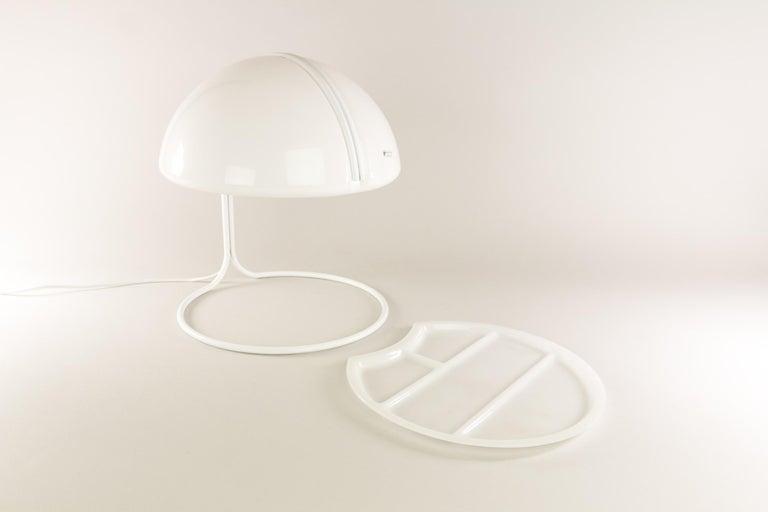 Italian Pair of Conchiglia Desk Lamps by Massoni and Buttura for Harvey Guzzini, 1960s For Sale