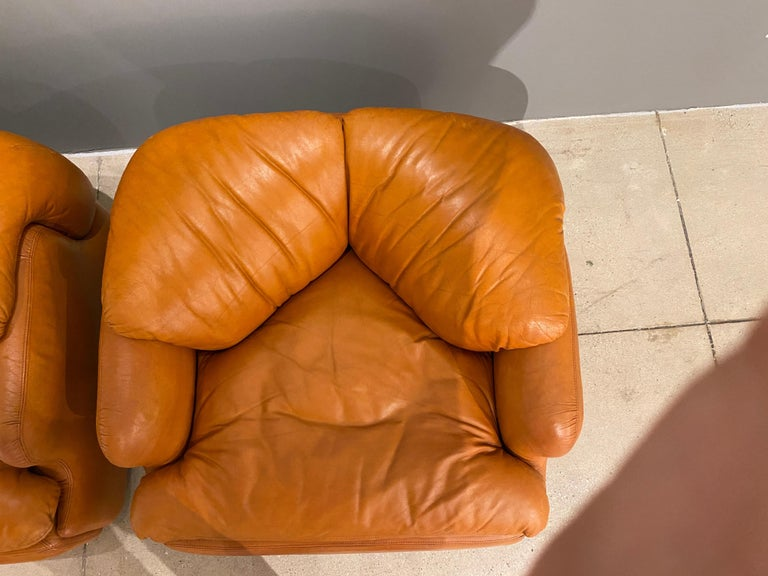 Pair of Confidential Armchairs For Sale 5