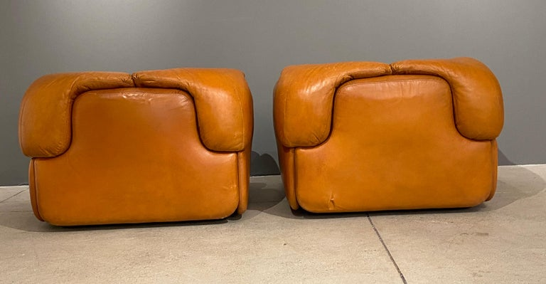 Pair of Confidential Armchairs For Sale 1