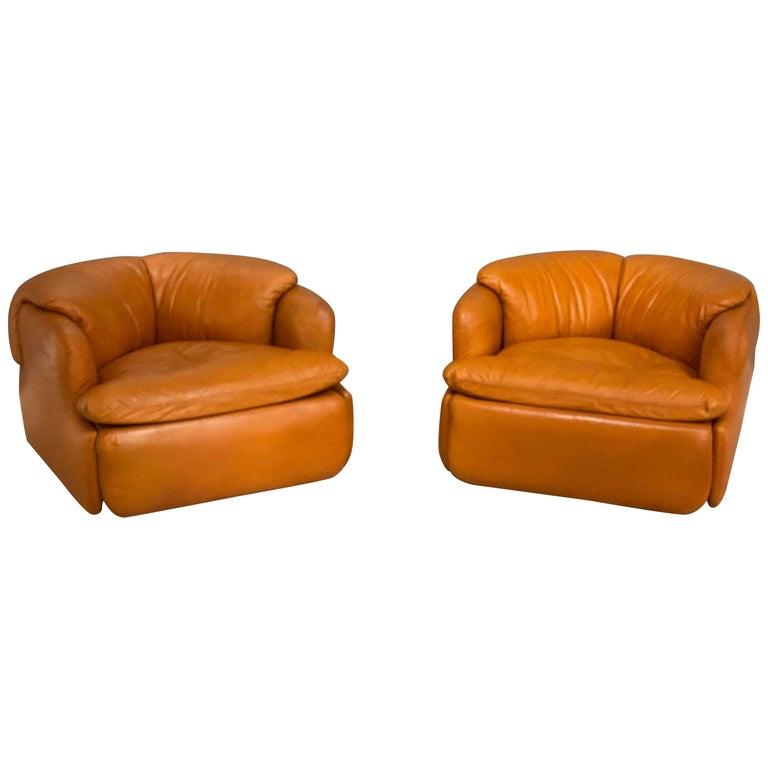 Pair of Confidential Armchairs For Sale