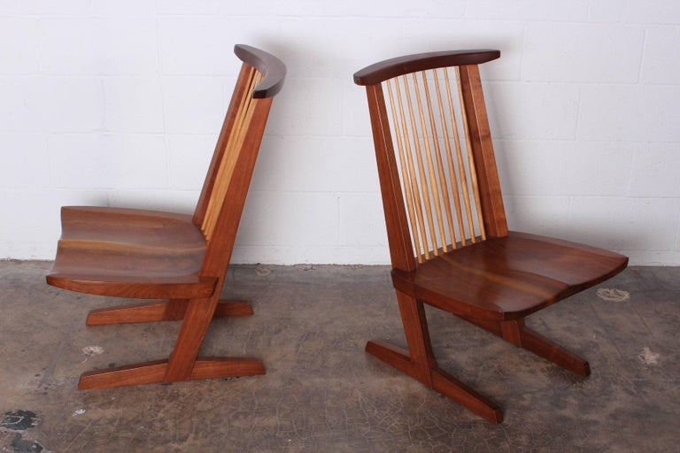 Late 20th Century Pair of Conoid Lounge Chairs by George Nakashima For Sale