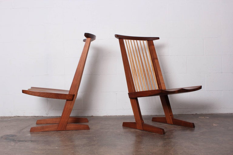 Pair of Conoid Lounge Chairs by George Nakashima For Sale 2