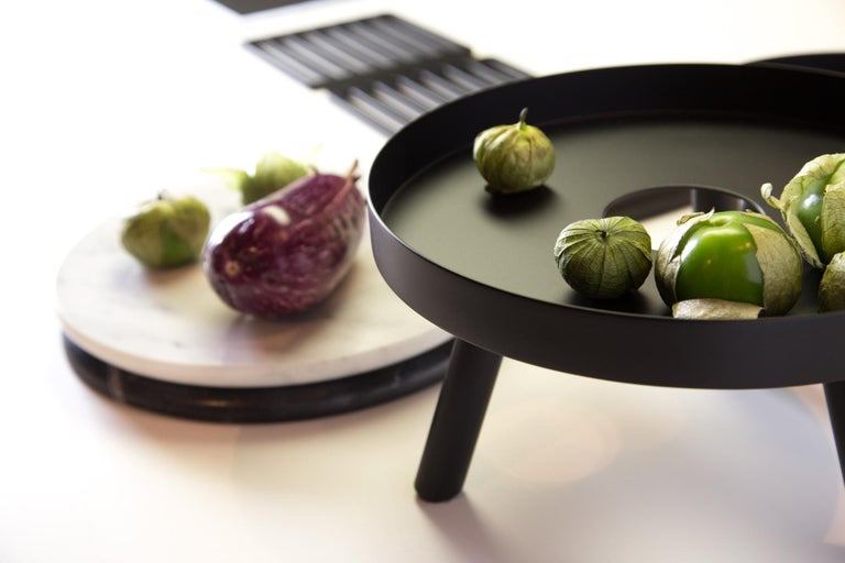 Modern Pair of Contemporary Black Serving Trays Decorative Sculpture, in Stock For Sale