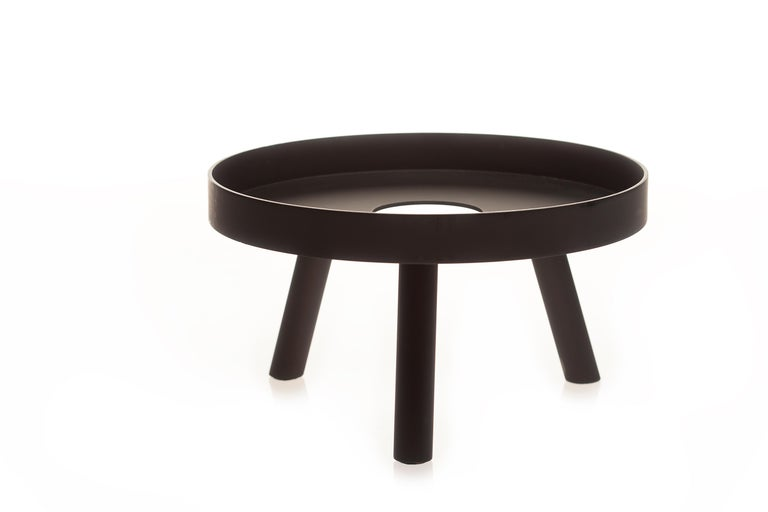 Pair of Contemporary Black Serving Trays Decorative Sculpture, in Stock In New Condition For Sale In Chicago, IL