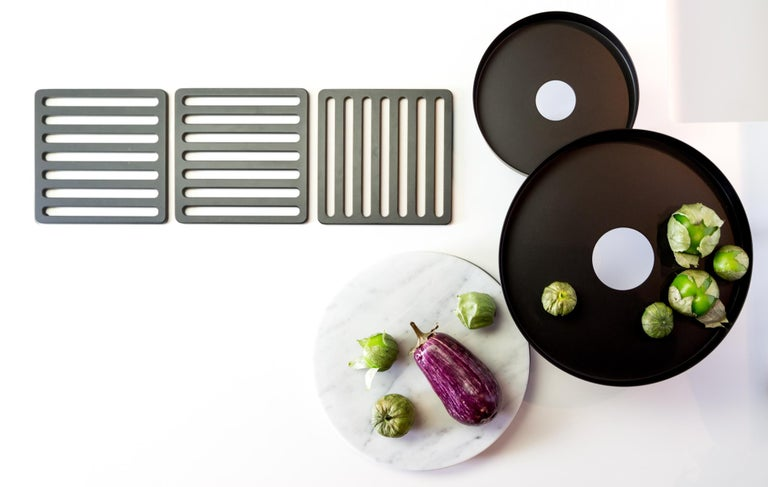 Pair of Contemporary Black Serving Trays Decorative Sculpture, in Stock For Sale 1