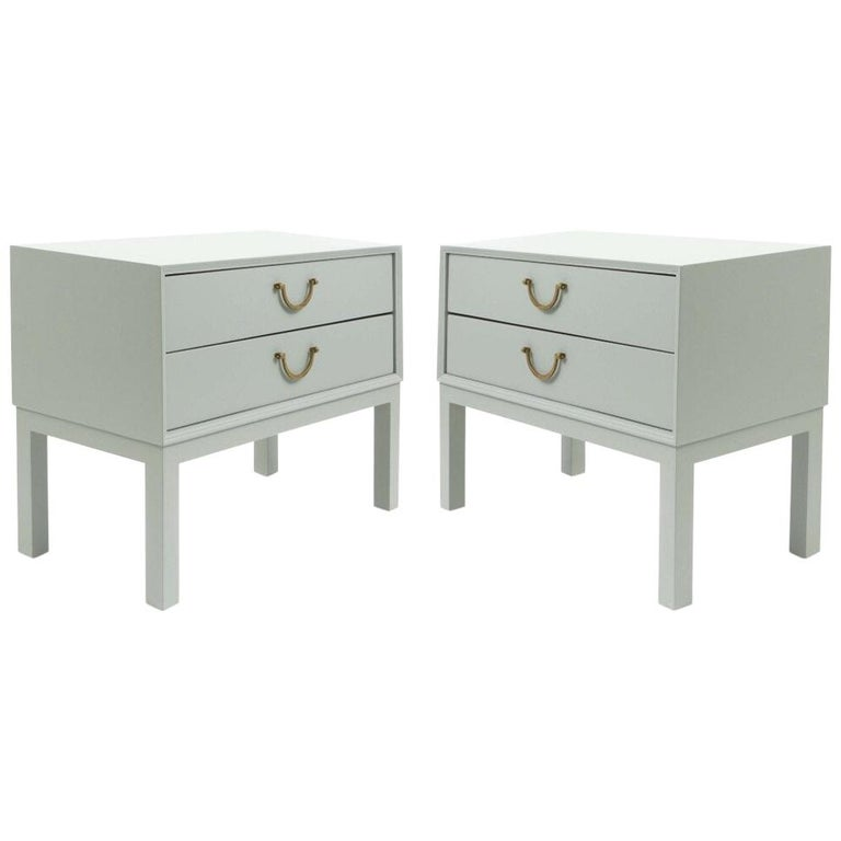 Pair of Contemporary Custom Light Gray Nightstands For Sale