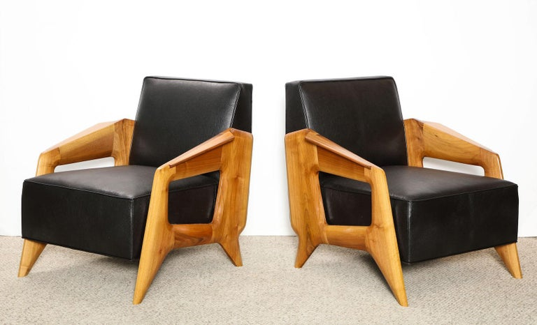 Modern Pair of Contemporary Lounge Chairs For Sale