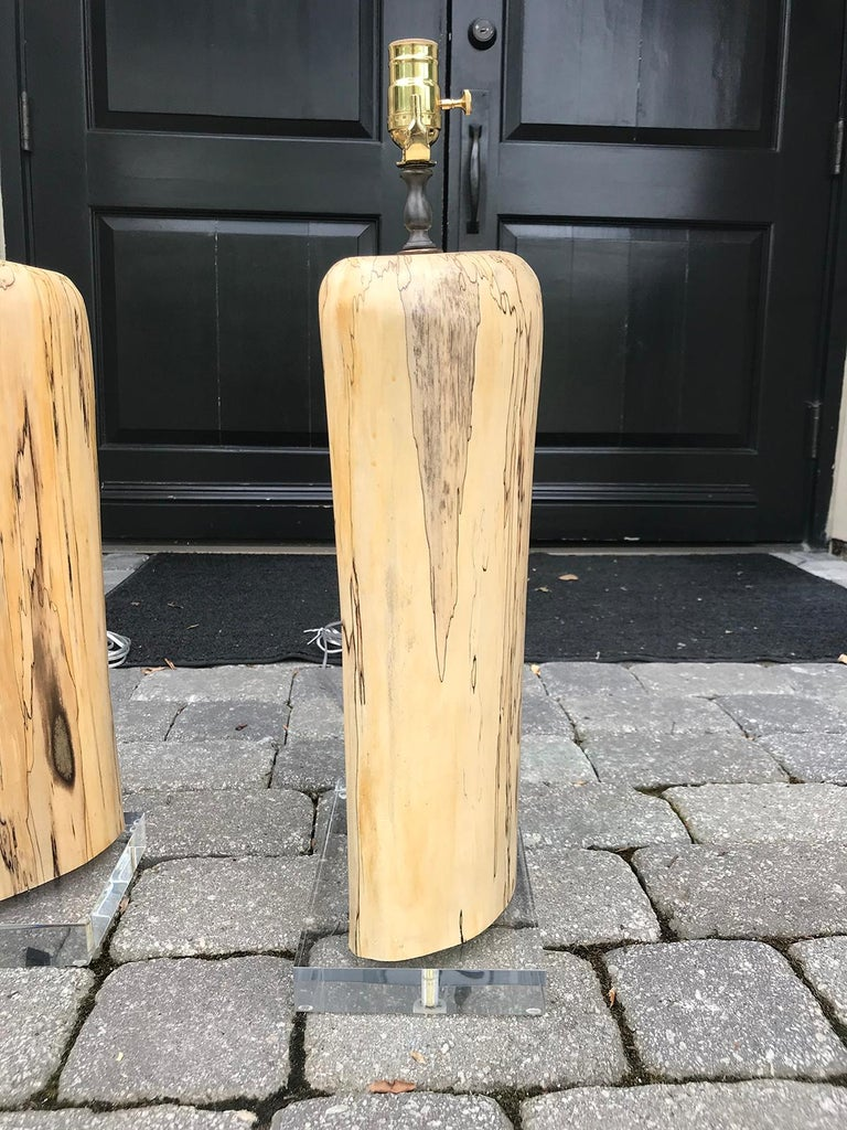 Pair of Contemporary Spalted Wooden Lamps on Custom Lucite Bases For Sale 6