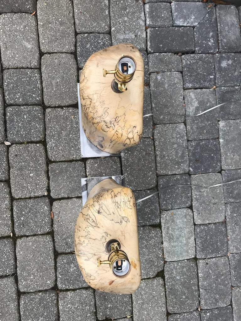 Pair of Contemporary Spalted Wooden Lamps on Custom Lucite Bases For Sale 2