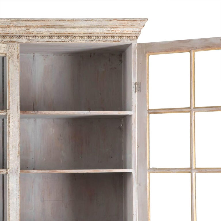 Unknown Pair of Continental Bookcases For Sale