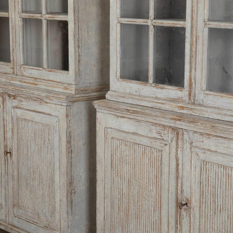 Pair of Continental Bookcases For Sale 2