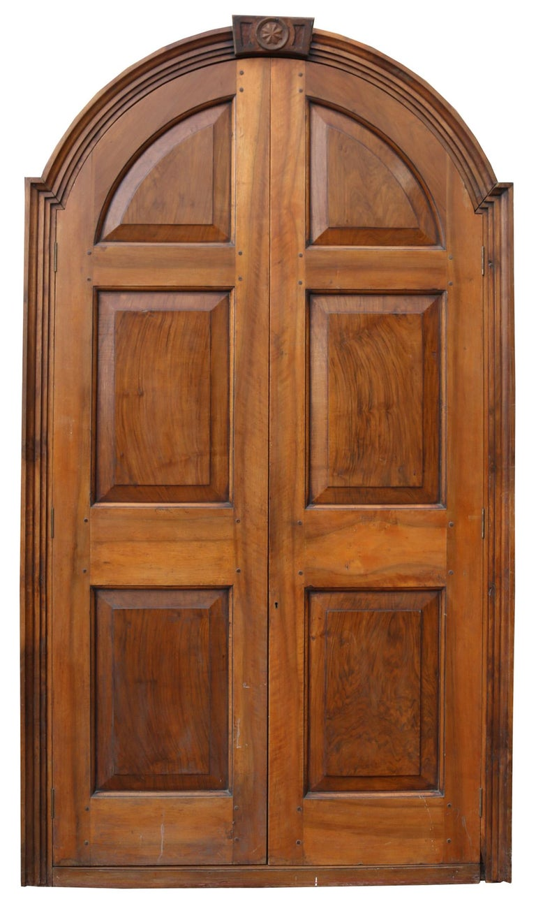 These doors are in excellent condition.