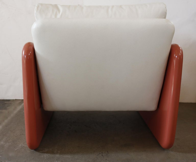 20th Century Pair of Coral and White Lounge Chairs by Metropolitan For Sale