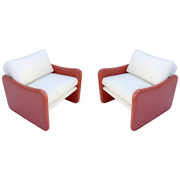 Pair of Coral and White Lounge Chairs by Metropolitan For Sale