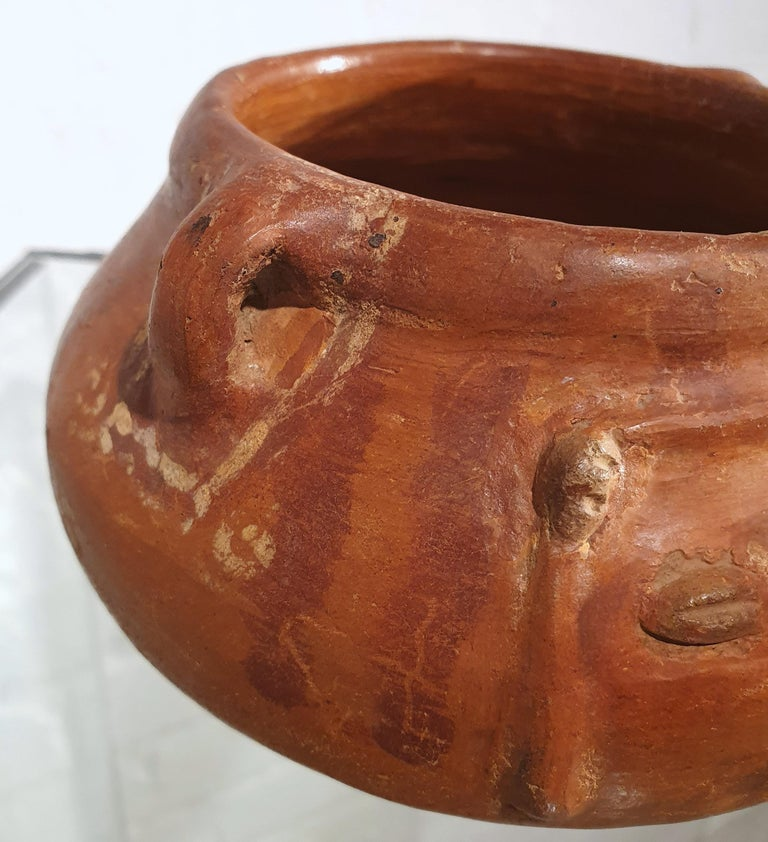 Pair of Costa Rican Terracotta Ovoid Bowls In Good Condition For Sale In London, GB