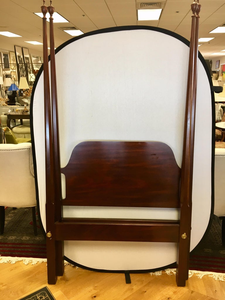 Pair Of Councill Craftsman Mahogany Four Poster Twin Beds