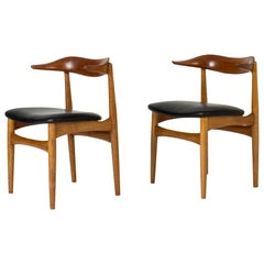 "Pair of ""Cowhorn"" Chairs by Knud Færch for Slagelse Møbelværk, Denmark, 1950s"
