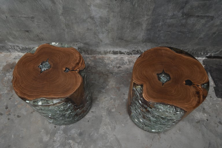 Pair of Cracked Resin and Wood Side Tables For Sale 1
