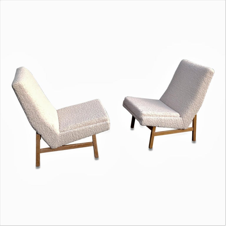 Pair of Cream White Chairs by Guariche, Mortier & Motte for ARP, France, 1955 For Sale 4