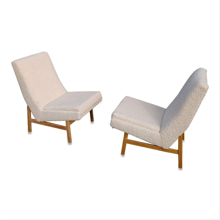 Pair of Cream White Chairs by Guariche, Mortier & Motte for ARP, France, 1955 For Sale 5