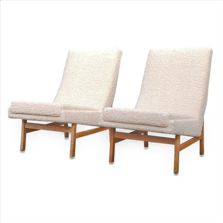 French Pair of Cream White Chairs by Guariche, Mortier & Motte for ARP, France, 1955 For Sale