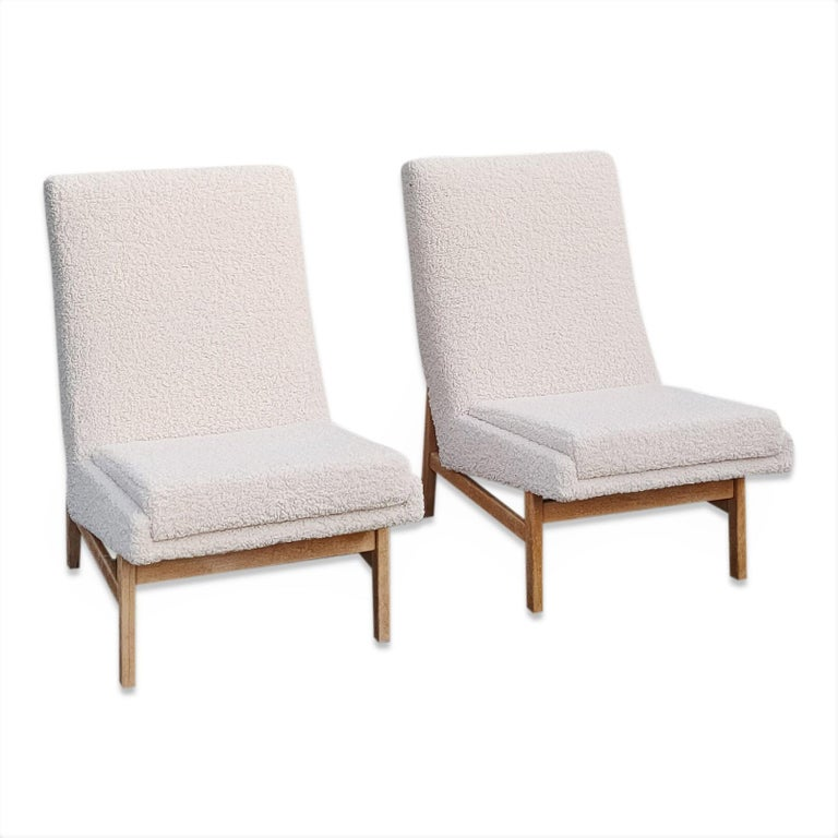 Pair of Cream White Chairs by Guariche, Mortier & Motte for ARP, France, 1955 In Good Condition For Sale In New York, NY