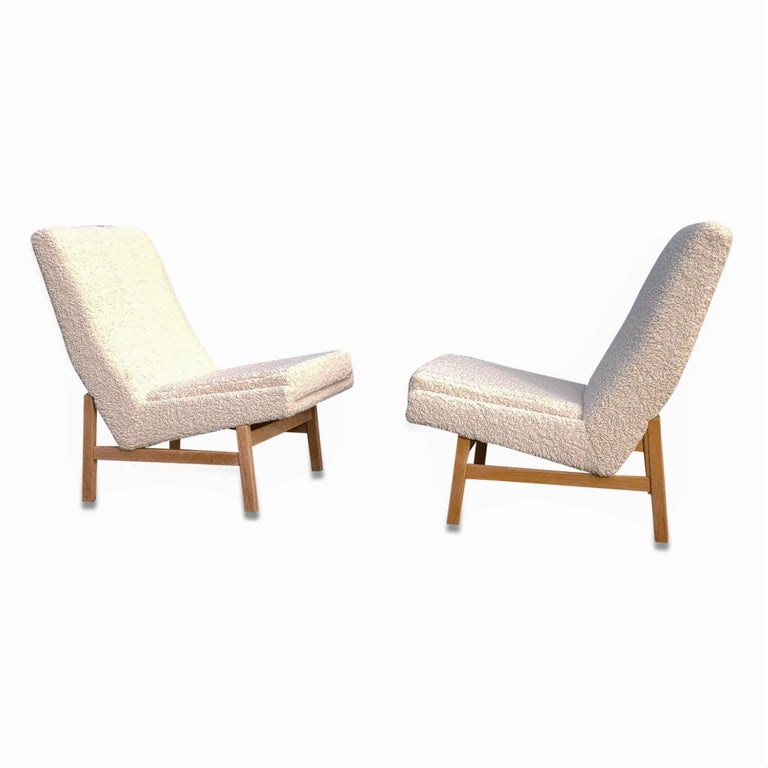 Upholstery Pair of Cream White Chairs by Guariche, Mortier & Motte for ARP, France, 1955 For Sale