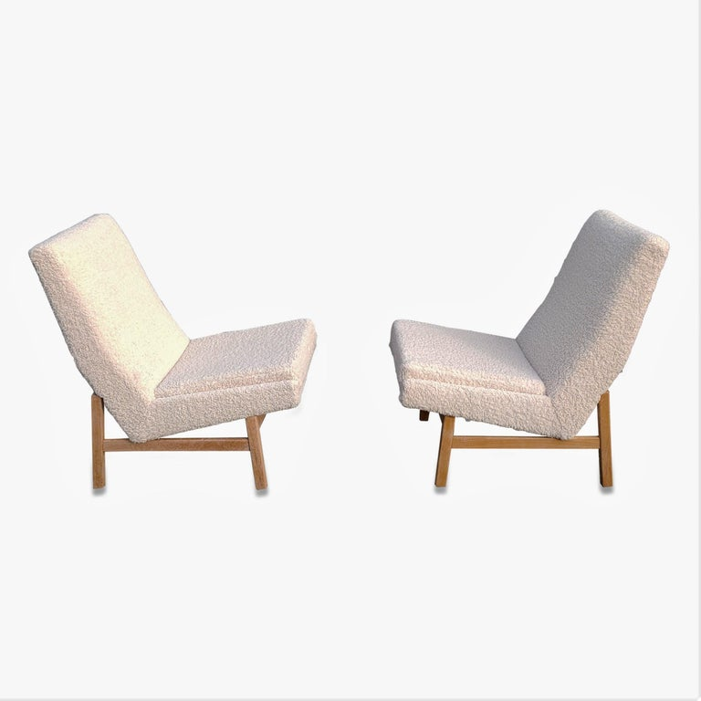 Pair of Cream White Chairs by Guariche, Mortier & Motte for ARP, France, 1955 For Sale 1