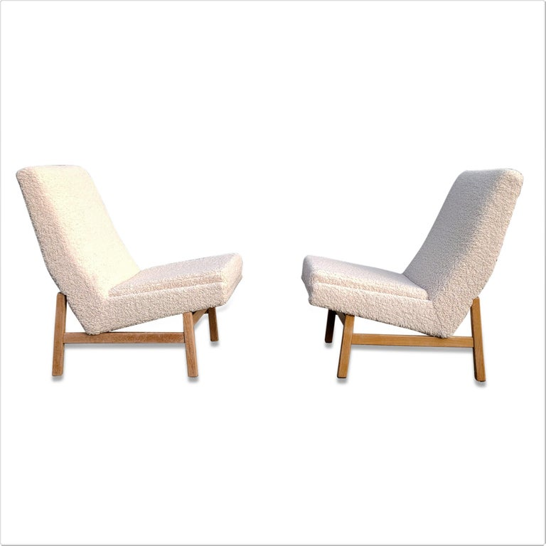 Pair of Cream White Chairs by Guariche, Mortier & Motte for ARP, France, 1955 For Sale 2