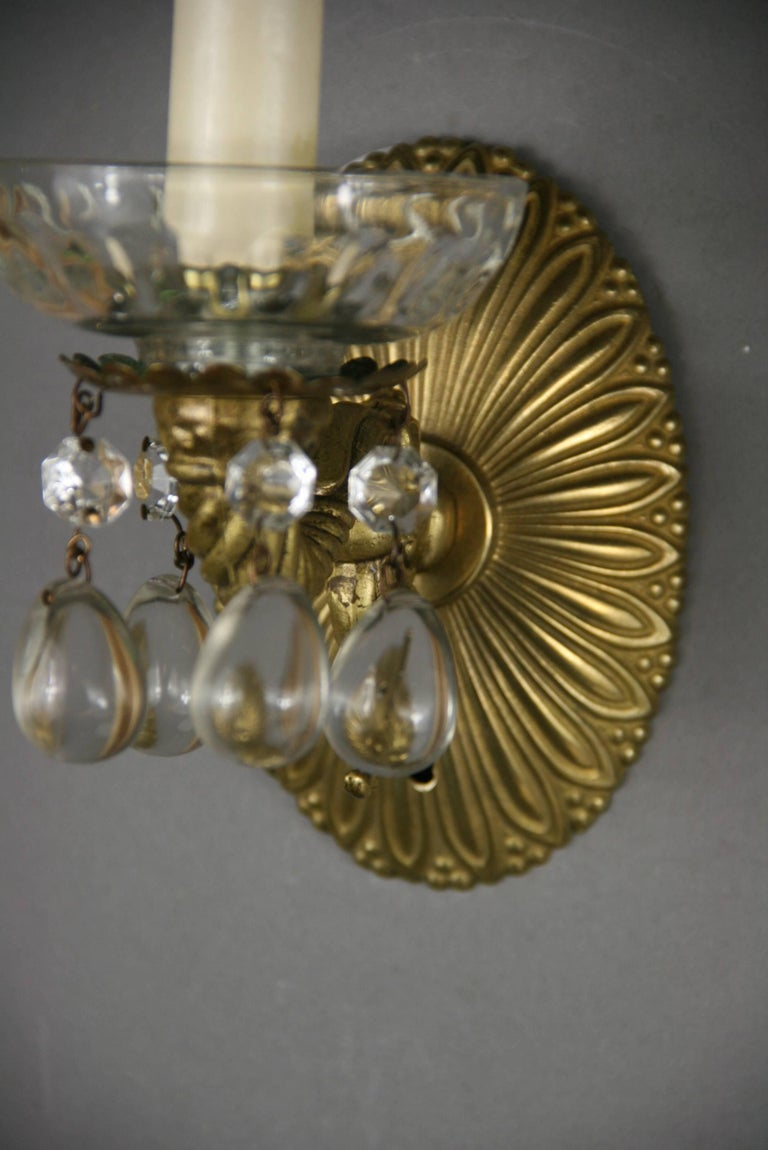 Pair of Crystal Drops Sconce In Good Condition For Sale In Douglas Manor, NY