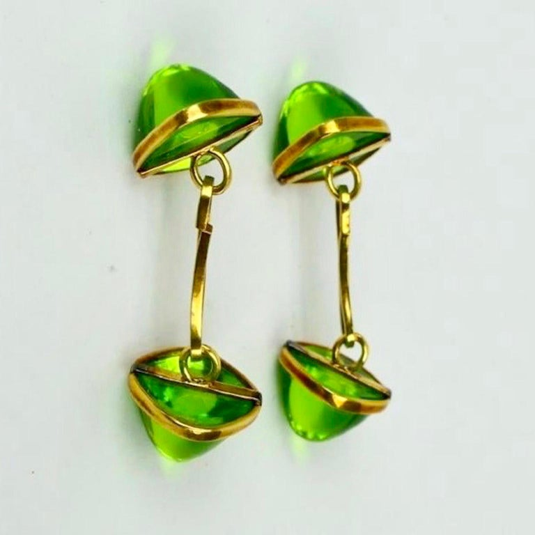 Mid-Century Modern Pair of Cufflinks 18-Karat Gold and Green Cabochon Moldavite For Sale