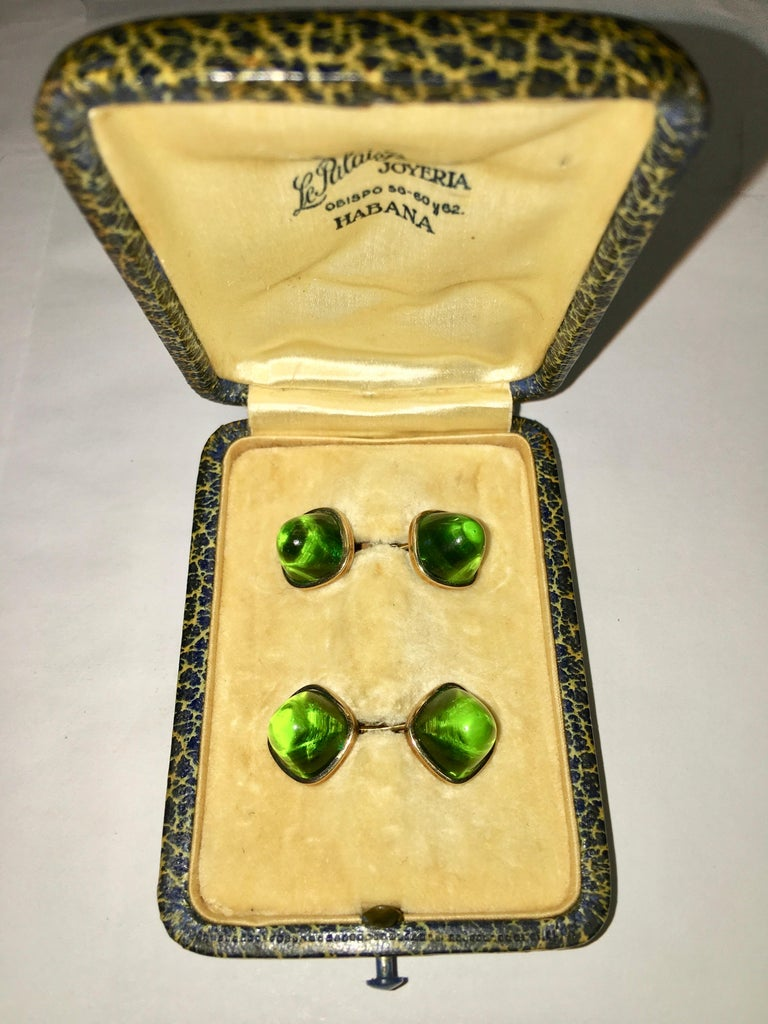 Pair of Cufflinks 18-Karat Gold and Green Cabochon Moldavite For Sale 5
