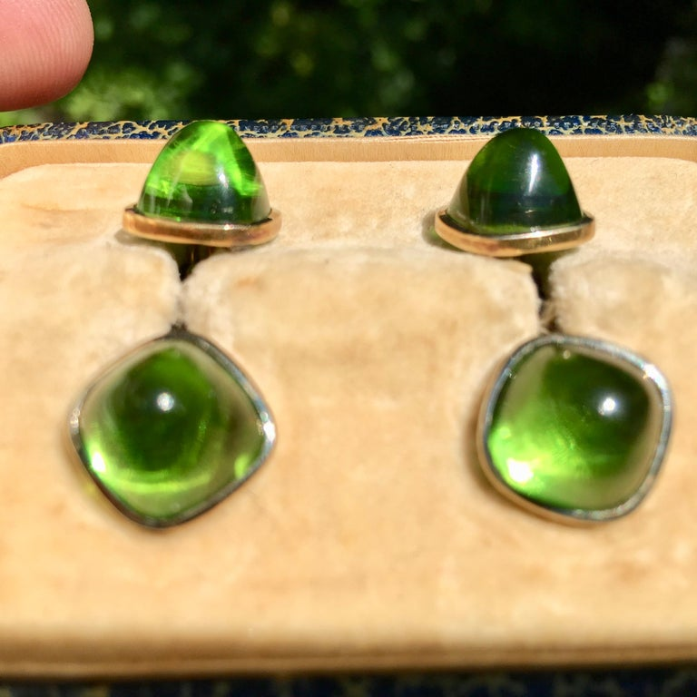 Pair of Cufflinks 18-Karat Gold and Green Cabochon Moldavite For Sale 3