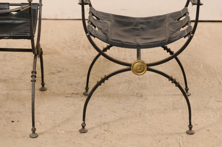 Pair of Curule Savonarola Italian Black Leather Chairs from Early 20th Century For Sale 5