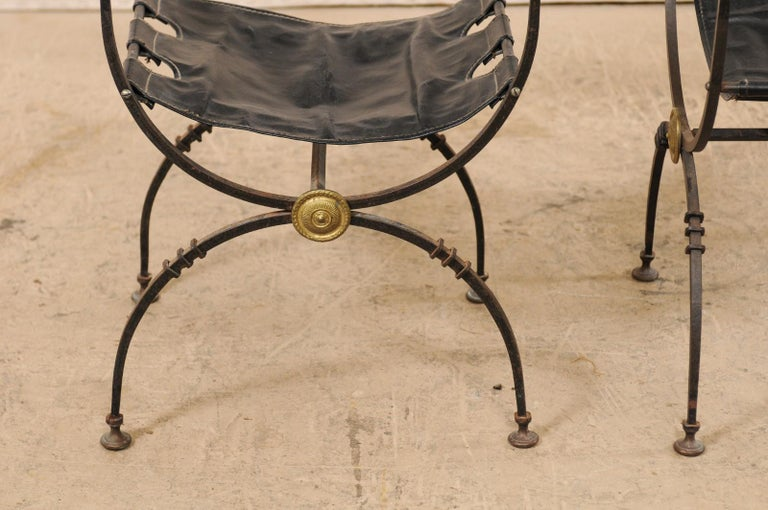 Pair of Curule Savonarola Italian Black Leather Chairs from Early 20th Century For Sale 6