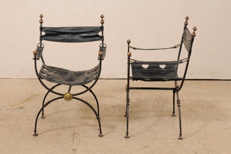 Pair of Curule Savonarola Italian Black Leather Chairs from Early 20th Century In Good Condition For Sale In Atlanta, GA