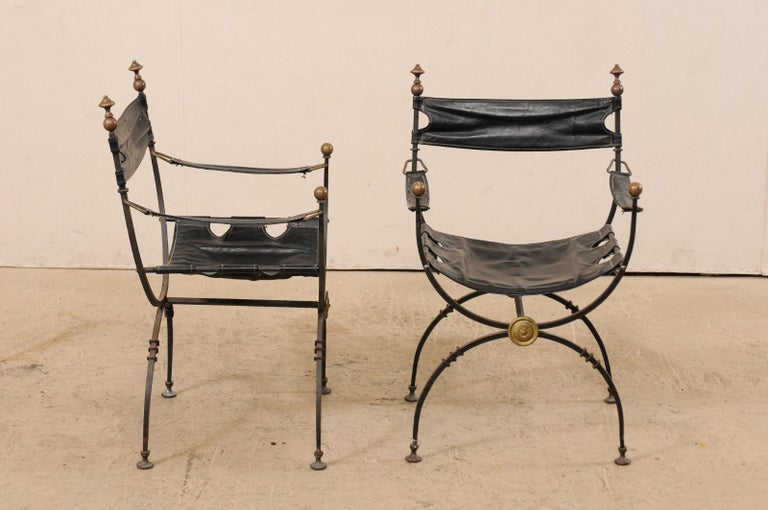 Pair of Curule Savonarola Italian Black Leather Chairs from Early 20th Century For Sale 1