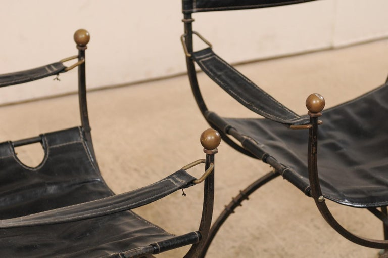 Pair of Curule Savonarola Italian Black Leather Chairs from Early 20th Century For Sale 4