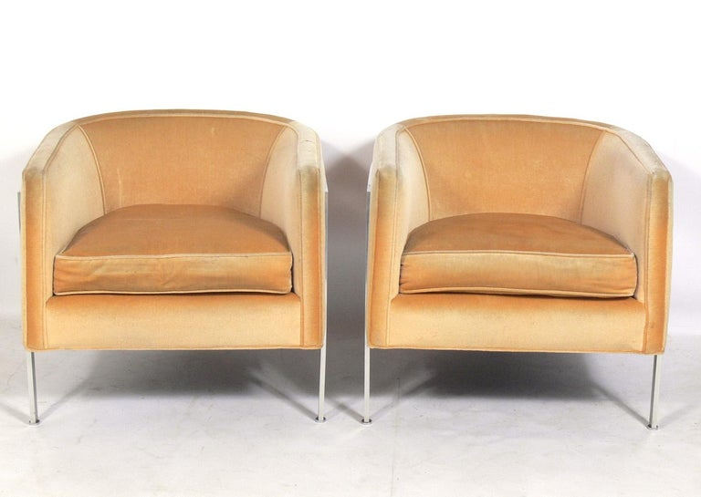 American Pair of Curvaceous Tub Chairs by Harvey Probber For Sale