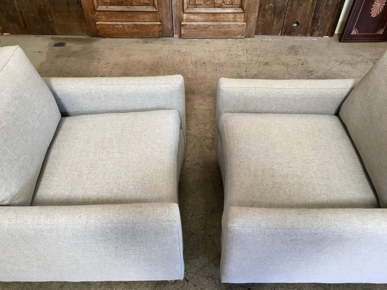Pair of Curved Back 1950s Lounge Chairs on Casters For Sale 3