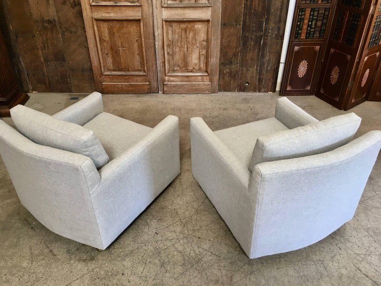 Pair of Curved Back 1950s Lounge Chairs on Casters For Sale 6