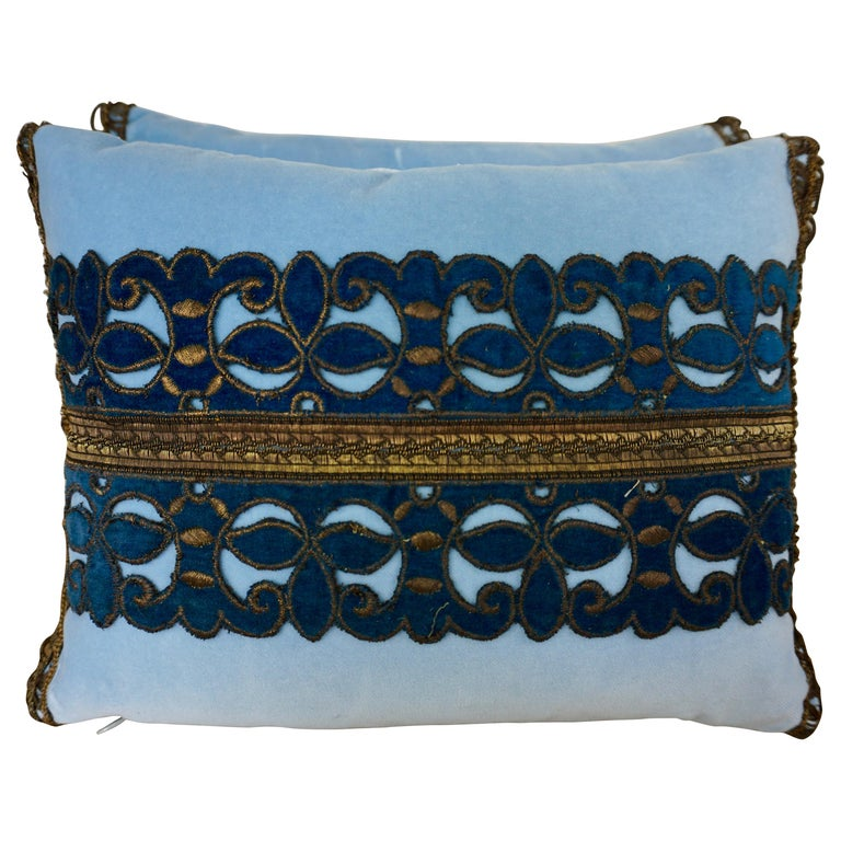 Pair of Custom Accent Pillows by Melissa Levinson For Sale