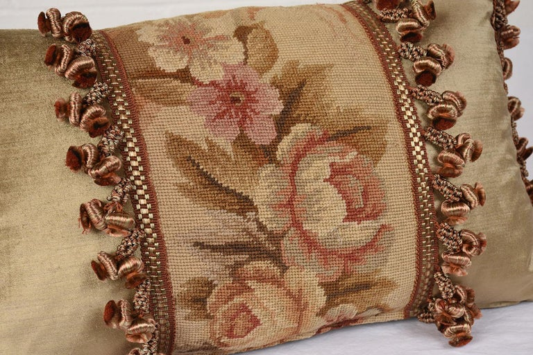 French Pair of Custom Antique Tapestry Accent Pillows For Sale