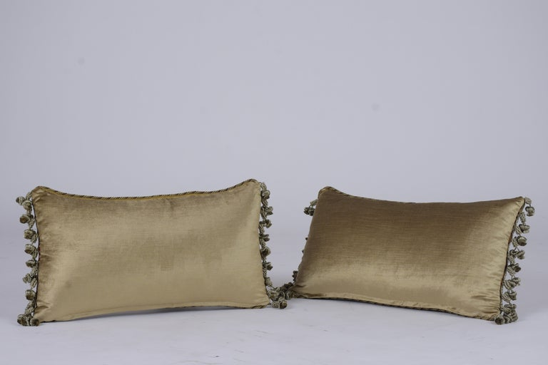 Early 20th Century Pair of Custom Antique Tapestry Accent Pillows For Sale