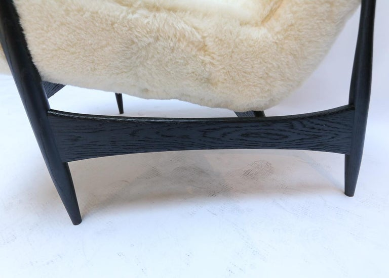 Pair of Custom Black Matte Oak Armchairs in Ivory Wool by Adesso Imports For Sale 5
