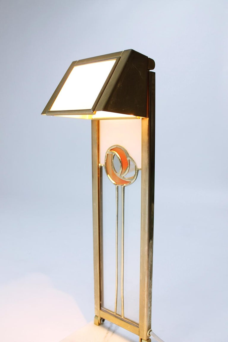 Pair of Custom Design Table Lamps in Manner of Charles Rennie Mackintosh For Sale 2