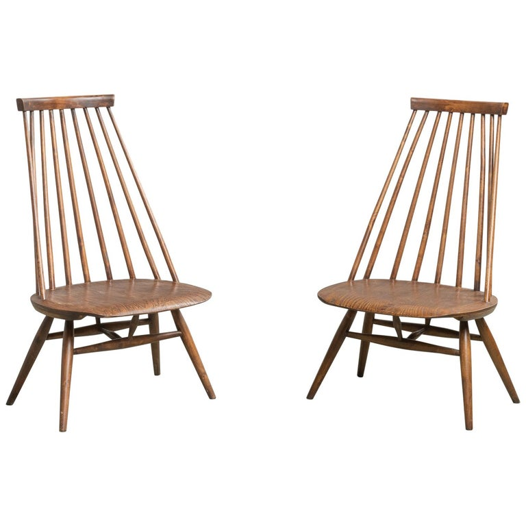 Pair of Custom Designed Modern Spindle Back Chairs, America, circa 1960 For Sale